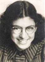 1940 | 20 augustus  • Wanda Verduin wordt 15 jaar